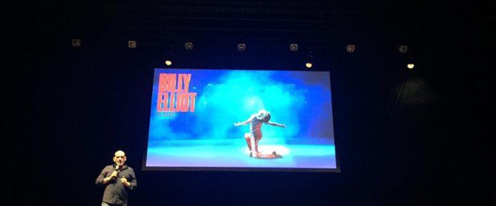 Billy Elliot tanzt sich nach Hamburg