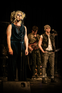 """Hedwig, Äbbelwoi und Offenbach - """"Hedwig and the angry inch"""" nun auch in Frankfurt"""