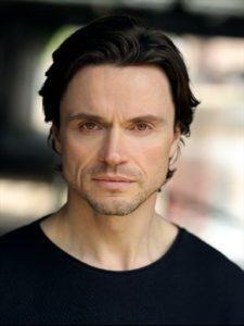 """""""Ich liebe alle meine Rollen!"""" - Interview mit Norman Bowman"""