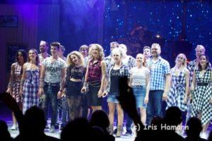 """Berlin feiert mit """"Wahnsinn"""" die Premiere des ersten Party-Schlager-Musicals"""
