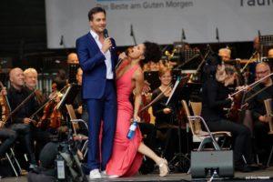 """A night full of stars"" - Patricia Meeden und Alexander Klaws rocken den Friedensplatz in Dortmund"
