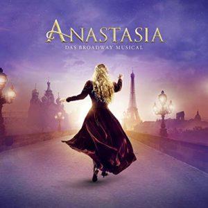 """""""Im Dezember vor Jahren"""" - Castaufnahme von Anastasia"""